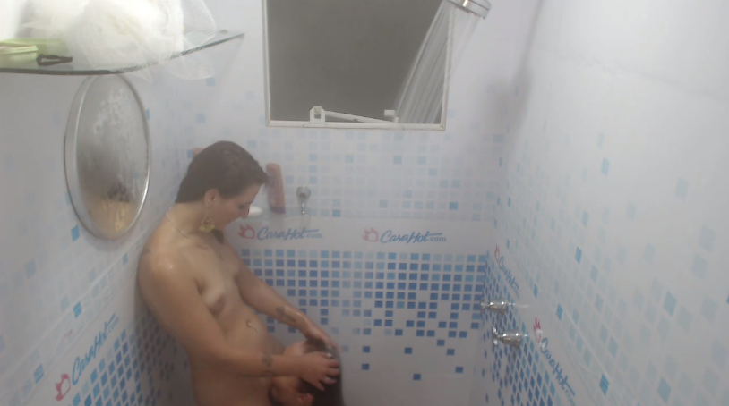 Late shower & pussy eating oct 8 (02:20)